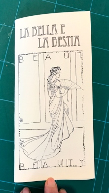 Copertina piegata, libretto chiuso
